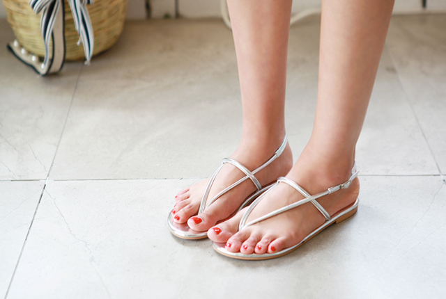 Strapless strap sandals (second stock)