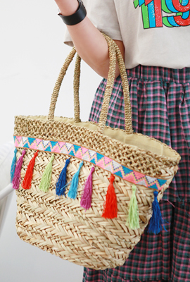 Ethnic Color Tassel Tote (HAND MADE)