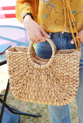 Round tote bag (HAND MADE)