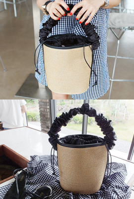Strap Shirring Cylinder Tote