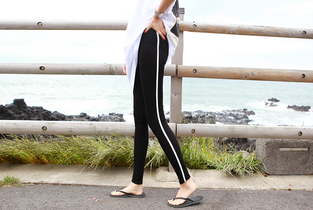 Side Line Span Leggings (127th stock)