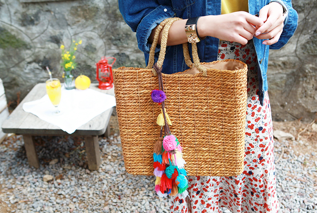 Color Tassel Straw Tote (HAND MADE)