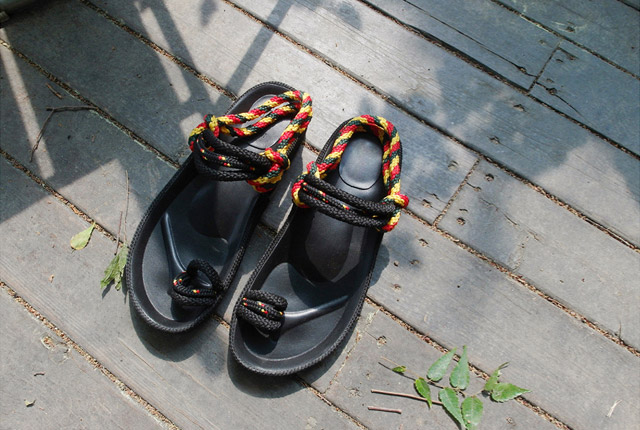 Color Twisted Strap Sandals (Second stock)