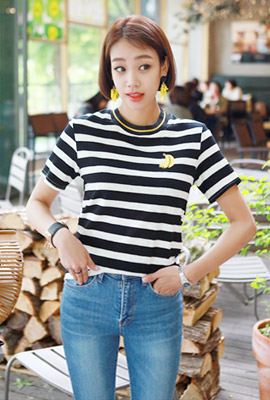 Banana embroidered short sleeve tee