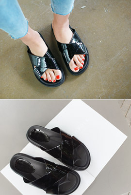 Simple leather strap slippers (2nd stock)
