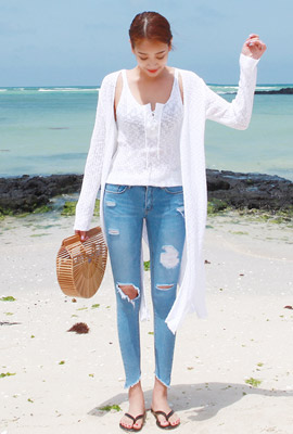 String knit nacre cardigan set