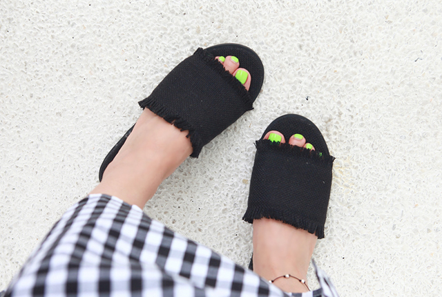 Simple surgical slippers (2nd stock)
