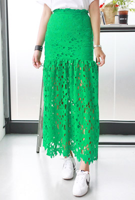 Flower lace embroidery long skirt