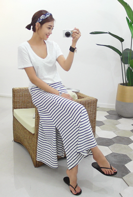 Striped bending long skirt (second stock)