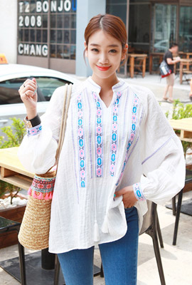 Pastel Embroidery Tassel Blouse
