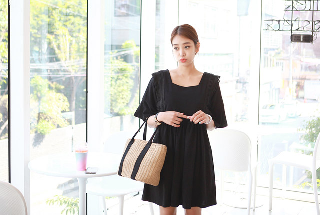 Square Neck Surgical Lace Dress (7th stock)