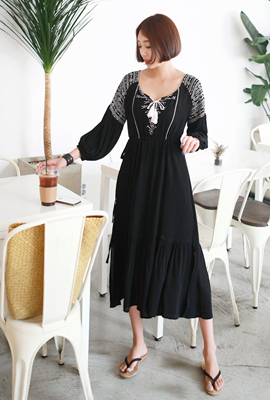 Antique Embroidery String Long Dress