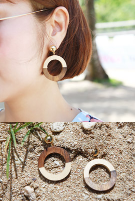Half-color Circle Wood Earring