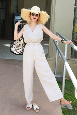 Linen out bending jumpsuit