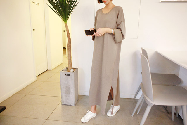 Deep Tight Knit Long Dress (10th stock)