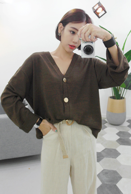 Gold button cardigan (4th stock)