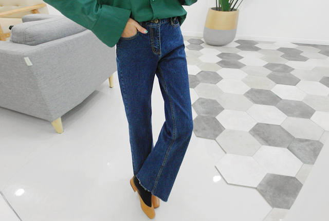 Normal Cutting Wide Denim Pants (2nd stock)