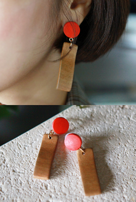 Flatwood drop earrings