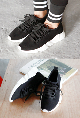 Sporting Tongue Sneakers (2nd stock)
