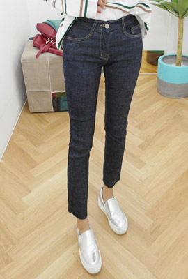 Cut jeans denim pants (stock 30 pieces)