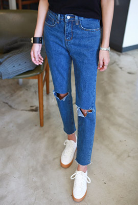V-cut denim pants