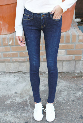 Natural hedge skinny jeans