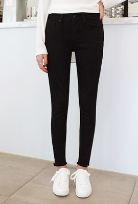 Cutting skirt black skinny jeans (second stock)