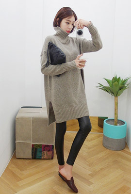Turtleneck knit dress (86 car stock)