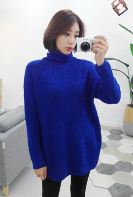 Turtleneck loose fit knit tee (34 car stock)