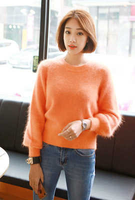 Mini Balloon Angora Knit Tee
