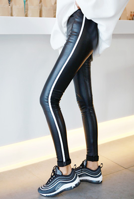 Leash line brushed leggings