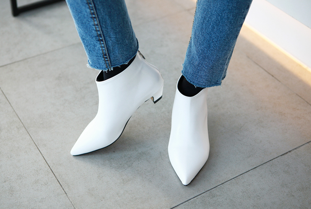 Sharp Leather Angle Boots