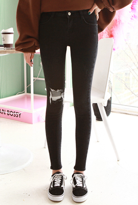 One-Piece Brushed Skinny Jean