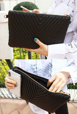 V embossed leather clutch (second stock)
