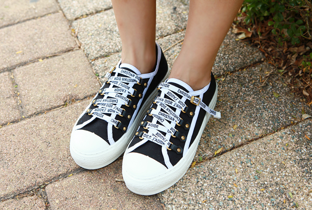 Lettering Strap Sneakers
