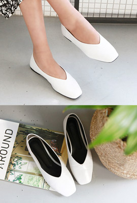 Square Flat Shoes
