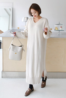 V neck slit long knit dress